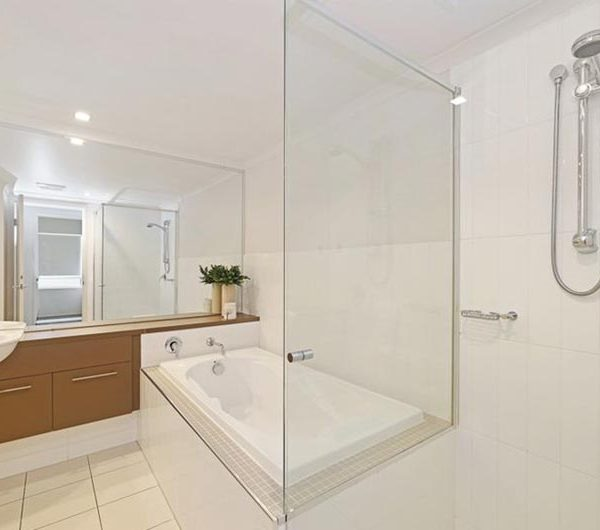 bribie island apartment sale unit 17 bathroom